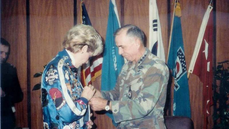 Suzanne Mitchell with Army Gen. Livsey.