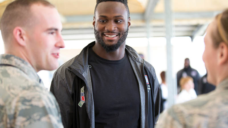 Minnesota Vikings running back Latavius Murray joined four NFL players and former coach Rex Ryan on the 2018 USO-NFL tour.