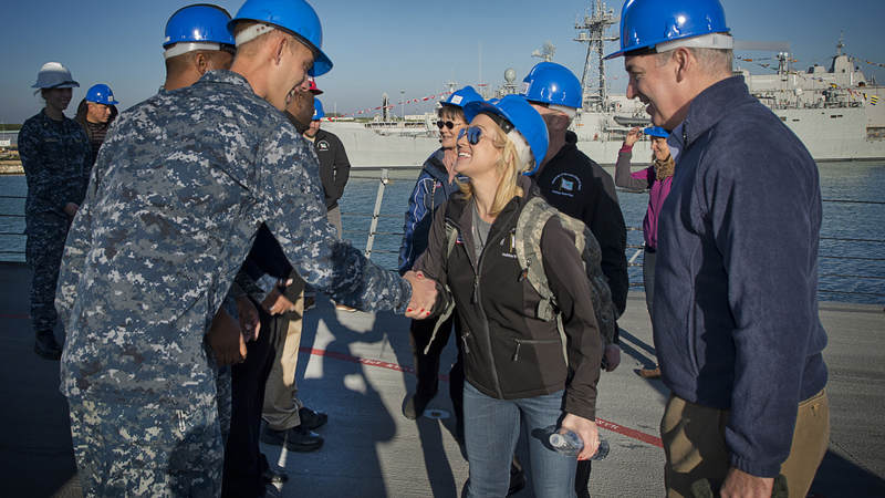 Pickler greets sailors assigned to the USS Ross during the Chairman's USO Holiday Tour in 2014.