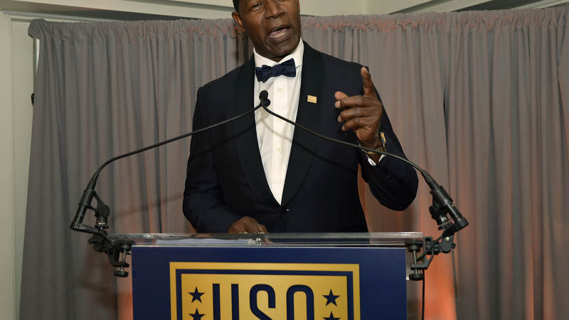 Dennis Haysbert speaks at the USO's 75th Anniversary Reception.